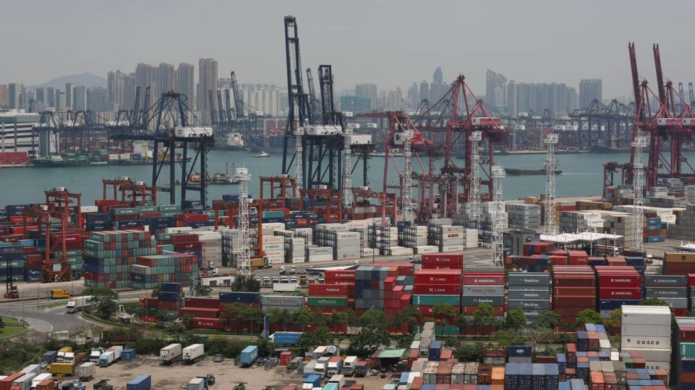 hong kong port facts The kwai tsing container port is the world's 6th busiest container port (2018) and is in the northwestern part of the harbor that is where much of the export wealth of hong kong is funneled through, and it is one of the most important ports for china.