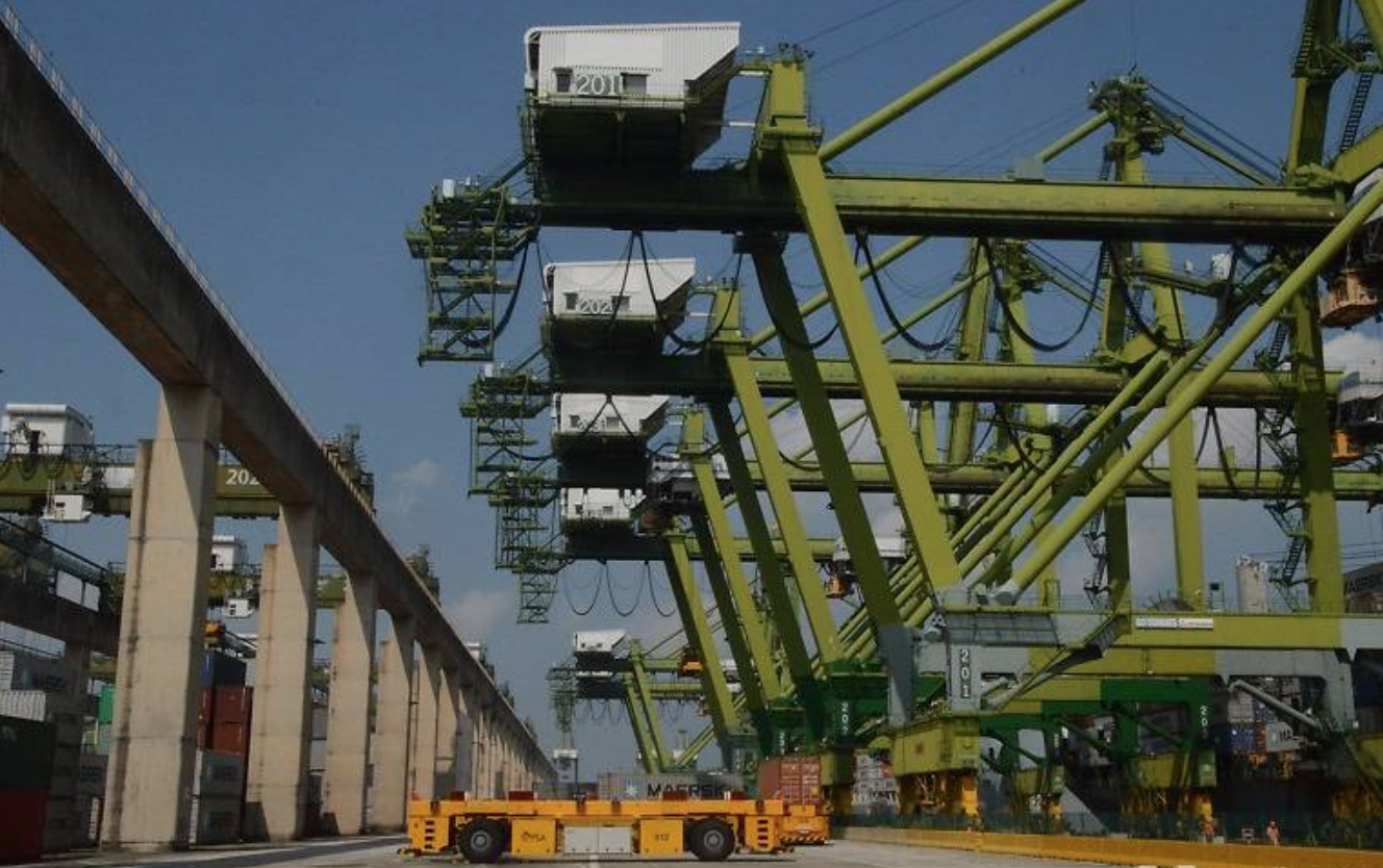Automated quay cranes on trial in Singapore – port today