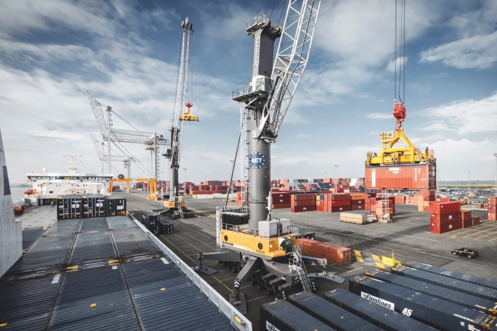 Liebherr to deliver biggest mobile harbour crane to Norway